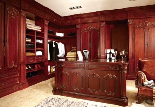 实木雕花衣柜